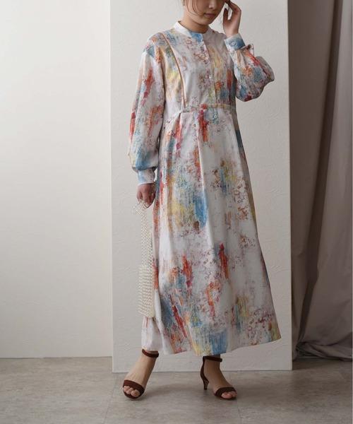 オイルプリント スタンドカラードレス