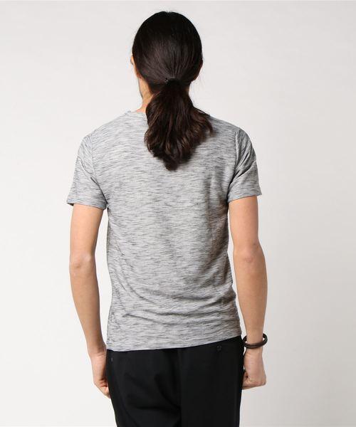 スラブリップルVネックTシャツ