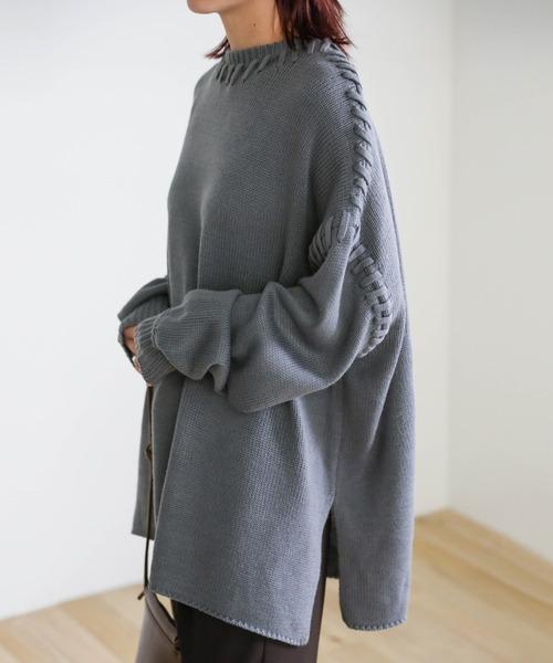 select MOCA(セレクトモカ)の「2020 A/W デザインステッチオーバーニット/ラウンドネックサイドスリットリブ袖オーバーサイズニット(ニット/セーター)」|サックスブルー