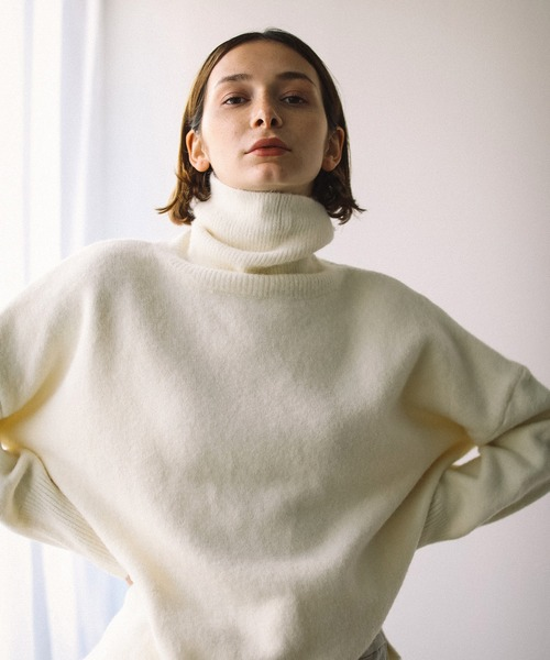 【chuclla】【2020/AW】Side slit white turtle knit sb-3 chw1357