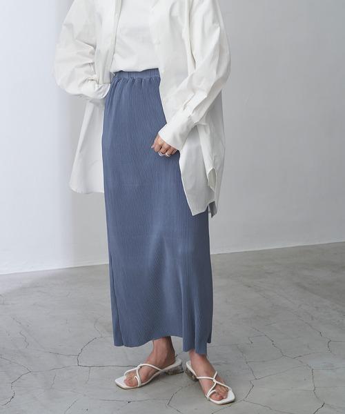 プリーツストレートロングスカート