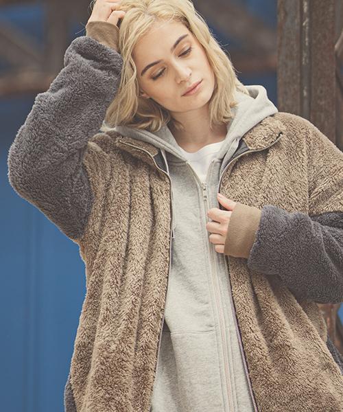 【着後レビューで 送料無料】 mj6524-Short micro fur Color scheme Stand zipup blouson ブルゾン, 【楽ギフ_包装】 92e61b27