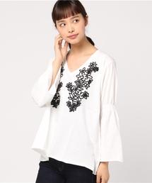 AZUL BY MOUSSY(アズールバイマウジー)のコード刺繍袖フレアTシャツ(Tシャツ/カットソー)
