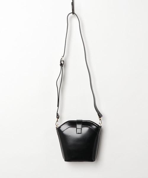 エコレザートラペゾイドバッグ
