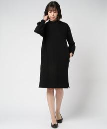 モックネックワンピース ボリューム袖ブラック