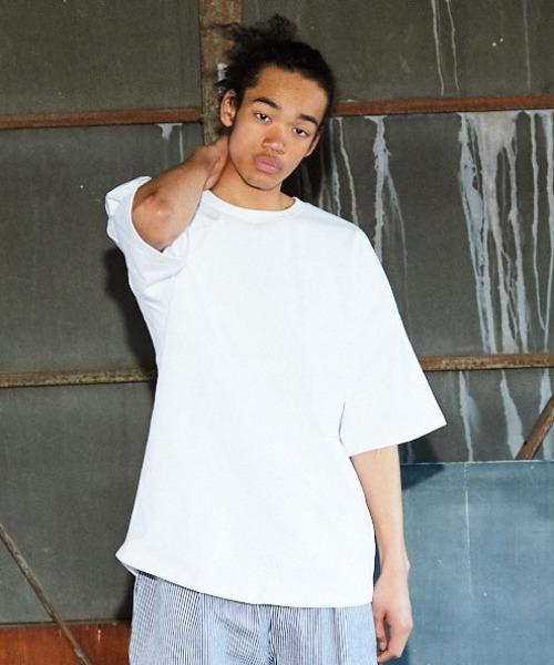 DEAR LAUREL(ディアローレル)の「DEAR LAUREL/ディアローレル Tシャツ D21S2102(Tシャツ/カットソー)」 ホワイト