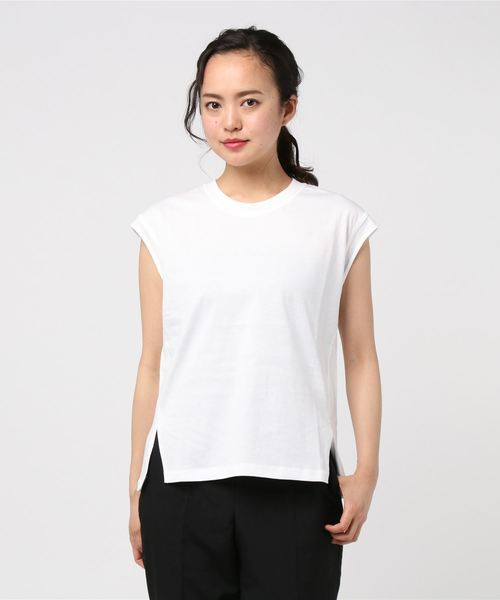 LAYER NO SLEEVE TOPS