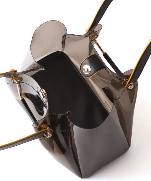 インナーチェックのクリアショルダーバッグ