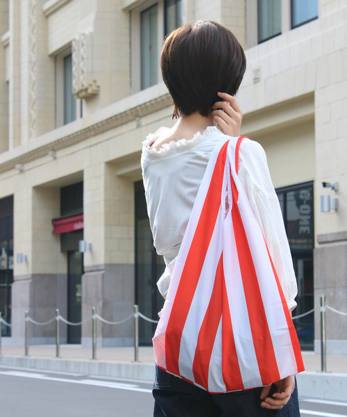 KIND BAG(カインドバッグ)の「〈KIND BAG/カインドバッグ〉プラスチック再生エコバッグ(エコバッグ/サブバッグ)」|ストライプ