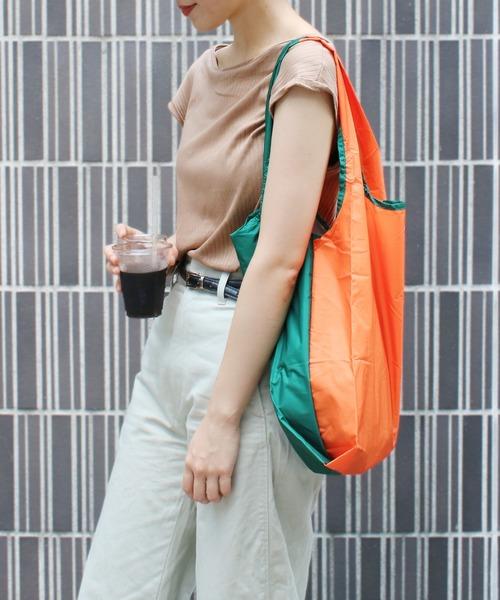 KIND BAG(カインドバッグ)の「〈KIND BAG/カインドバッグ〉プラスチック再生エコバッグ(エコバッグ/サブバッグ)」|グリーン×オレンジ
