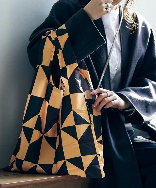 KIND BAG(カインドバッグ)の「〈KIND BAG/カインドバッグ〉プラスチック再生エコバッグ(エコバッグ/サブバッグ)」|ライトブラウン