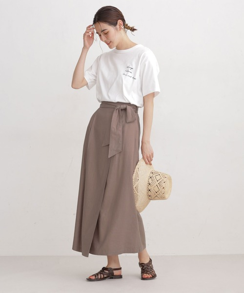 ルーズロゴTシャツ×ラップ風スカート