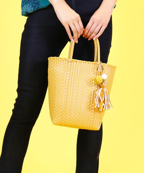 :●ポンポン付き● ミニメルカドバッグ