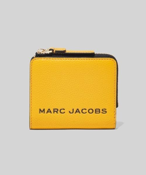MARC JACOBS(マークジェイコブス)の「THE BOLD MINI COMPACT ZIP WALLET/ザ ボールド ミニ コンパクト ジップ ウォレット ミニ財布(財布)」 イエロー系その他