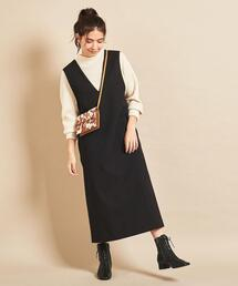 BY∴ Vネックジャンパースカート