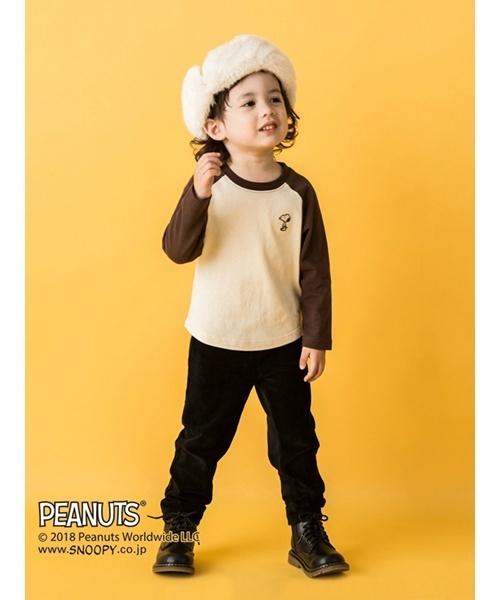 petit main(プティマイン)の「【PEANUTSコラボ】スヌーピーラグラン長袖Tシャツ(Tシャツ/カットソー)」|ブラウン