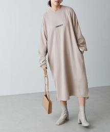 CONVERSE/コンバース Chaco closet 別注 限定 フロント刺繍 バルーンスリーブ ポケット付き サイドスリット スウェットロングワンピースベージュ
