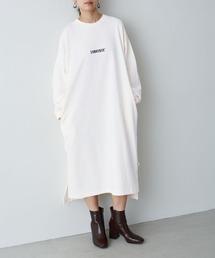 CONVERSE/コンバース Chaco closet 別注 限定 フロント刺繍 バルーンスリーブ ポケット付き サイドスリット スウェットロングワンピースアイボリー