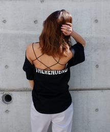 バックオープンハーフロゴTシャツブラック