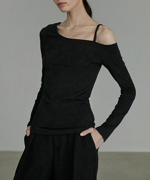 【UNSPOKEN】Deformation one-shoulder tops UQ20S033