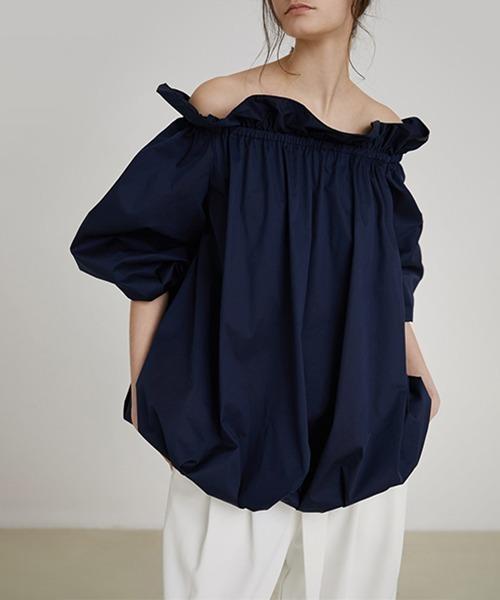 【UNSPOKEN】Off-shoulder volume blouse UX20S009