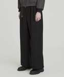JUHA | 2TUCK WIDE TROUSERS(スラックス)
