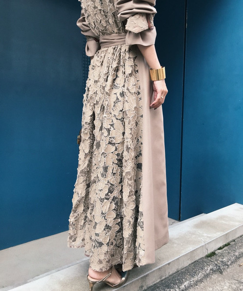 BACK LACE COAT
