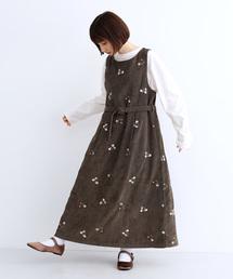 merlot(メルロー)のフラワー刺繍コーデュロイワンピース3293(ワンピース)