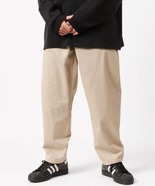 FREAK'S STORE(フリークスストア)の「【ユニセックスでオススメ!/定番8色】シェフパンツ/バギーパンツ/chef pants/ビッグシルエットパンツ/ツイル/コーデュロイ/ペイズリー/カモフラージ(パンツ)」|ベージュ