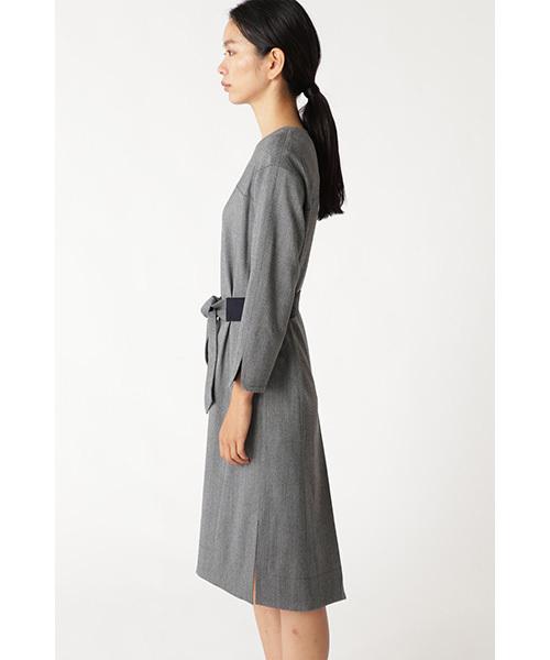 シャンブレーストレッチVネックドレス