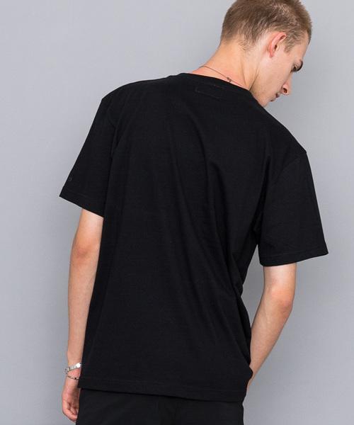 【NUMBER (N)INE】《WEB限定》エンブロイダリークルーネックTシャツ