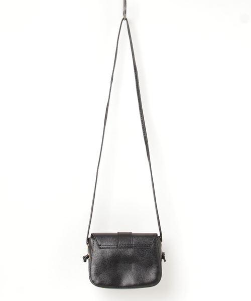 ベルトデザインフラップショルダーバッグ