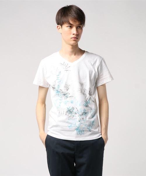 HIGH STREET∴花柄プリントVネックTシャツ