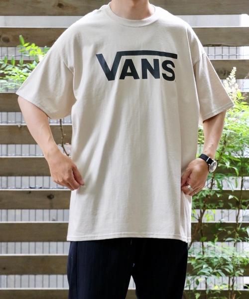 C.E.L.STORE(セルストア)の「VANS/ヴァンズ CLASSIC LOGO SS TEE.(Tシャツ/カットソー)」|ベージュ