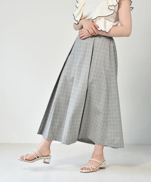 ボックスプリーツフレアスカート