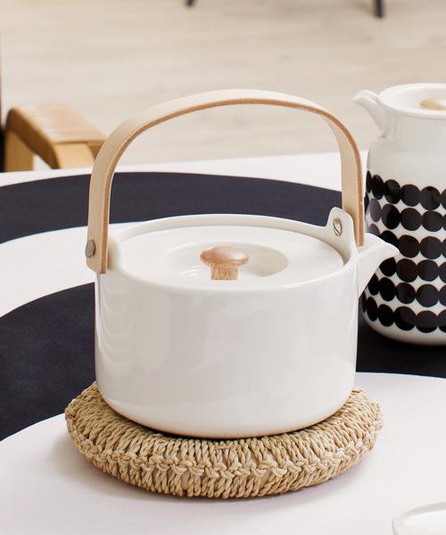 marimekko(マリメッコ)の「Tea pots/OIVA(食器)」|ホワイト