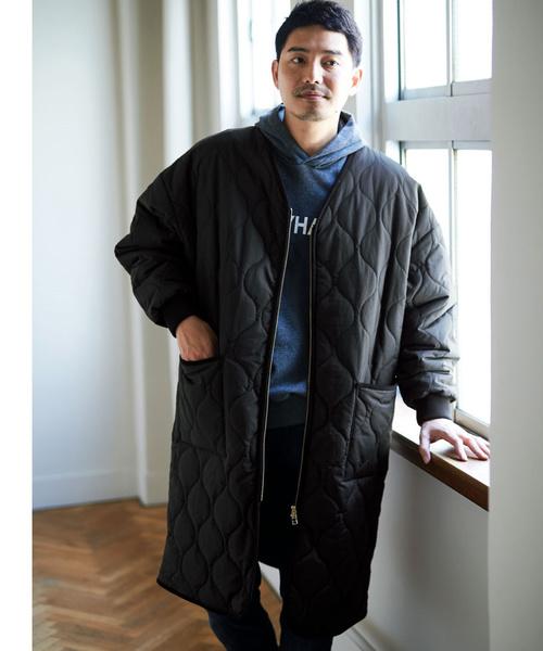 SUNNY CLOUDS ノーカラーのキルトコート<メンズ>