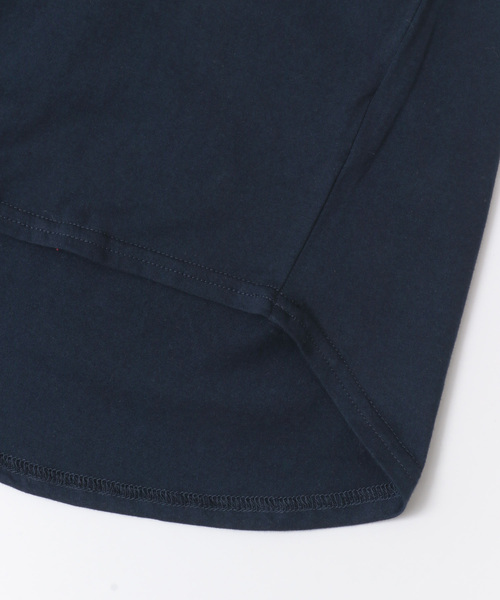 トルココットンボートネック裾ラウンドTシャツ