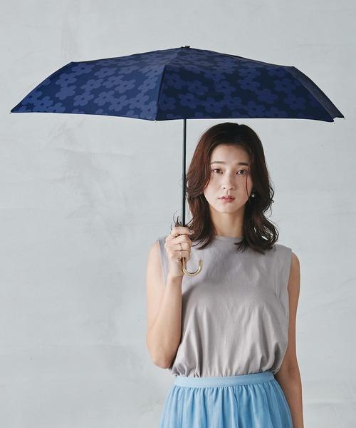Wpc.(ダブリュピーシー)の「雨傘 フラワーレースmini(折りたたみ傘)」|ネイビー
