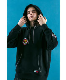 <TOMMY JEANS X monkey time> SAILING HOOD/パーカー