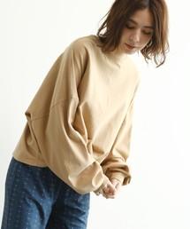 OZOC(オゾック)の[WEB限定カラーあり(レンガ・オフホワイト・ライトベージュ)・洗える]ビッグシルエットロングTシャツ(Tシャツ/カットソー)