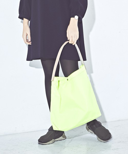 THE CASE(ザケース)の「【THE CASE】KATATE LIGHT TOTE / カタテ ライト トート プチプライス(トートバッグ)」|イエロー