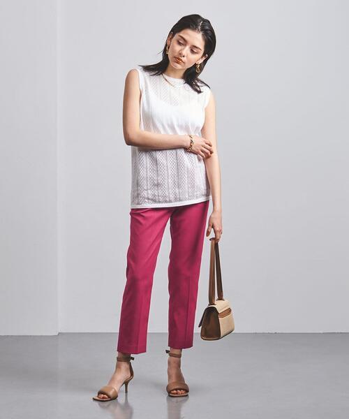 30代女性のカラーパンツファッション