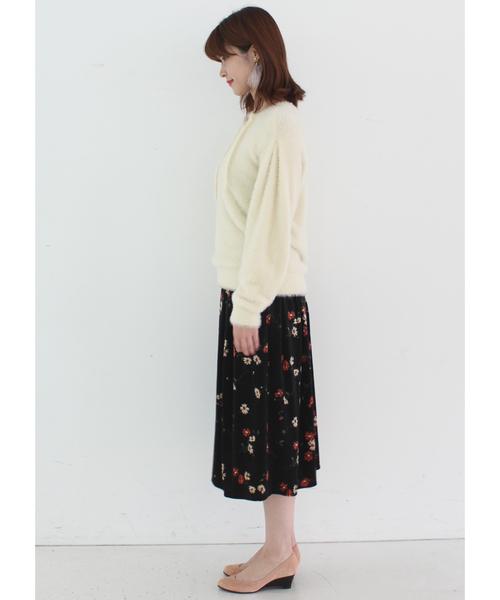 IEDIT×泉里香 シャギーニット&花柄ベロアスカートのドラマティックフェミニンコーデセット/セットアップ