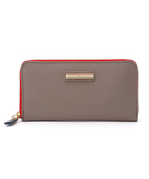 8c376d22ecee TOMMY HILFIGER(トミーヒルフィガー)の「POPPY LARGE Z/A WALLET(財布
