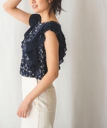 NARACAMICIE(ナラカミーチェ)のランダムドットプリントプリーツ袖ノースリーブブラウス(Tシャツ/カットソー)