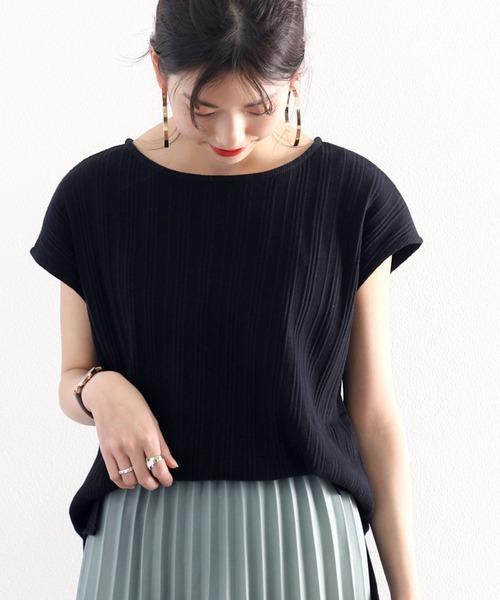 classicalelf(クラシカルエルフ)の「ランダムリブ フレンチミドル丈無地ボートネックTシャツ(半袖)(Tシャツ/カットソー)」 ブラック