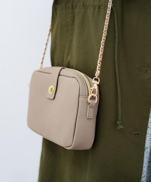 結婚式や二次会にも便利なお財布機能付きショルダーバッグ
