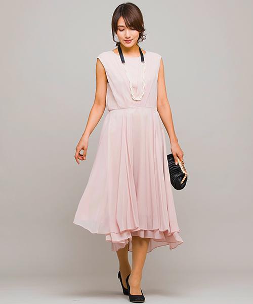 form forma(フォルムフォルマ)の「ネックレス付き フィッシュテールセミロングワンピース(ドレス)」|ピンクベージュ