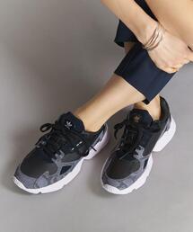 <adidas Originals(アディダス)>FALCON レザースニーカー